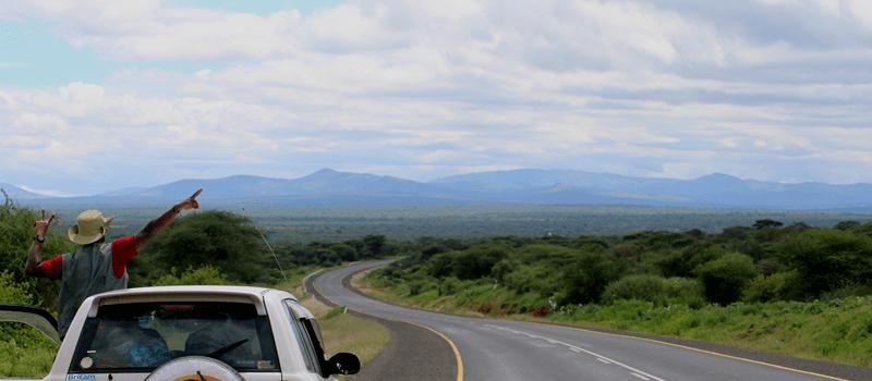 Car hire Uganda & guide
